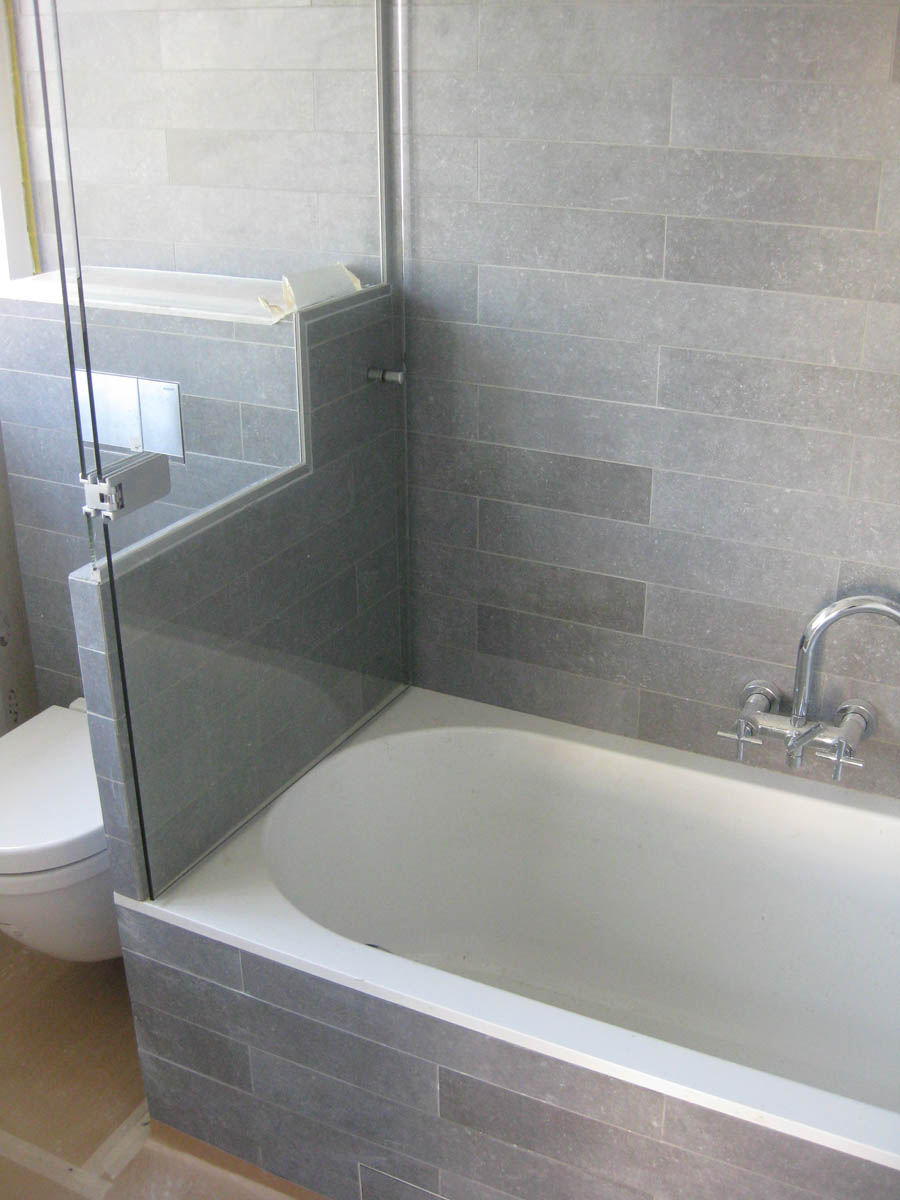 Glazen badsysteem