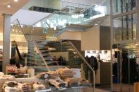 Glazen trapwand en balustrade binnen