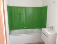Glazen muurbekleding voor douche