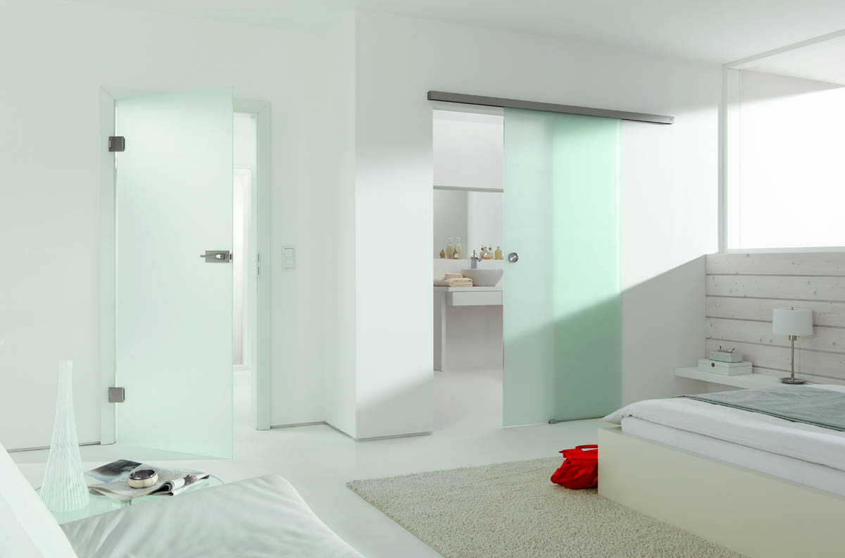 Glazen binnendeur en schuifdeur