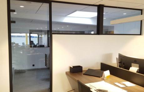 Glazen kantoorwand