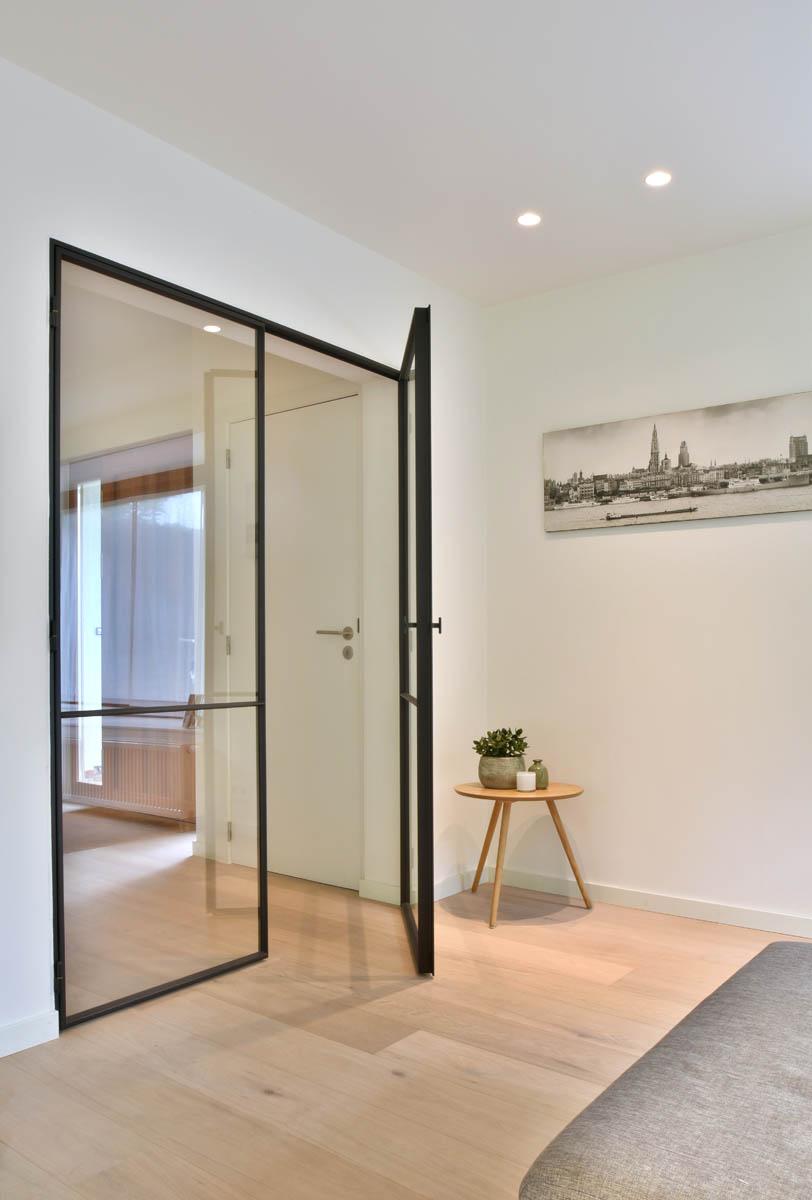 Glazen Deuren Met Staal.Stalen Binnendeuren Glassdesign Glazen Deuren Met Stalen