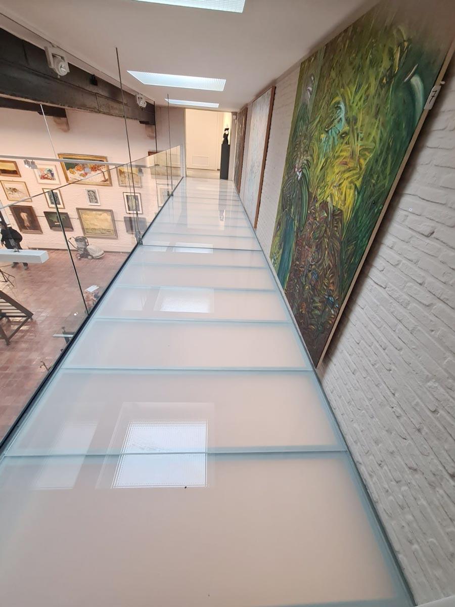 loopglas kunstgalerij De Vuyst
